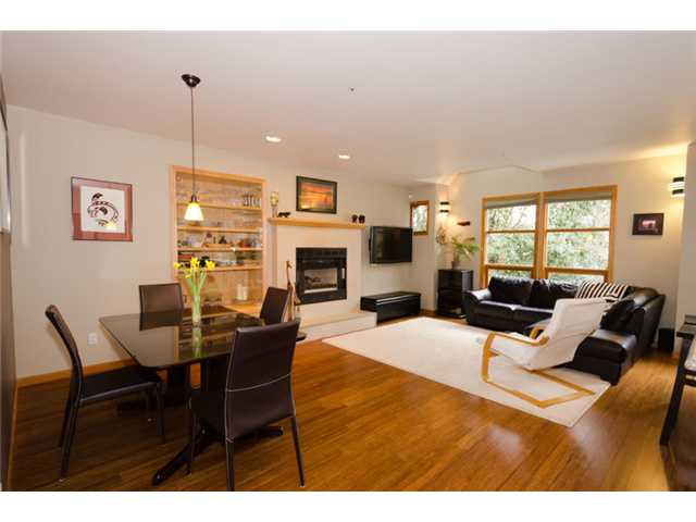 Main Photo: 2660 W 6TH Avenue in Vancouver: Kitsilano House 1/2 Duplex for sale (Vancouver West)  : MLS® # V932617