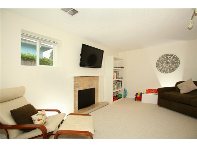 Photo 8: 2130 COMO LAKE Avenue in Coquitlam: Central Coquitlam House for sale : MLS(r) # V934109