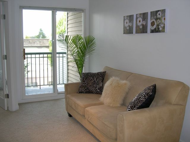 "Photo 4: # 309 3278 HEATHER ST in Vancouver: Cambie Condo for sale in ""HEATHERSTONE"" (Vancouver West)  : MLS(r) # V971795"