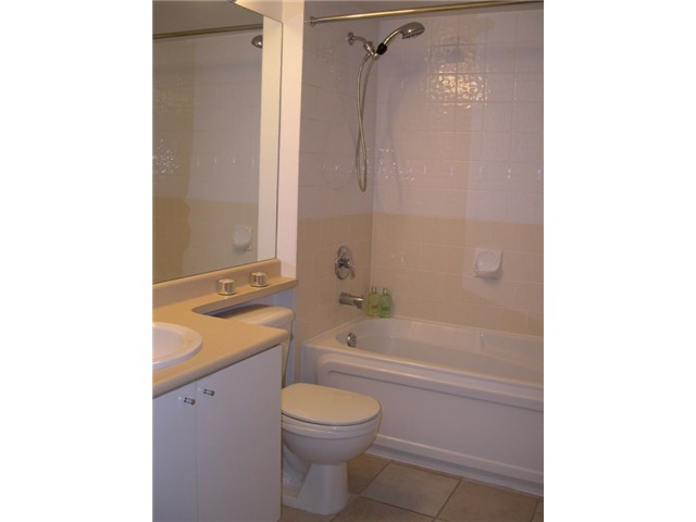 "Photo 7: # 309 3278 HEATHER ST in Vancouver: Cambie Condo for sale in ""HEATHERSTONE"" (Vancouver West)  : MLS(r) # V971795"