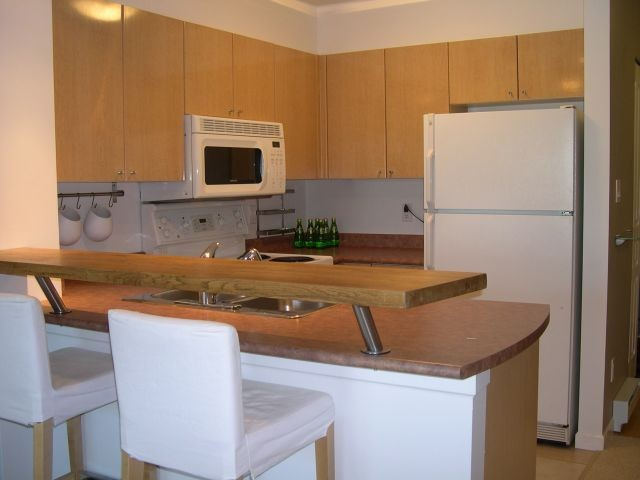 "Photo 3: # 309 3278 HEATHER ST in Vancouver: Cambie Condo for sale in ""HEATHERSTONE"" (Vancouver West)  : MLS® # V971795"