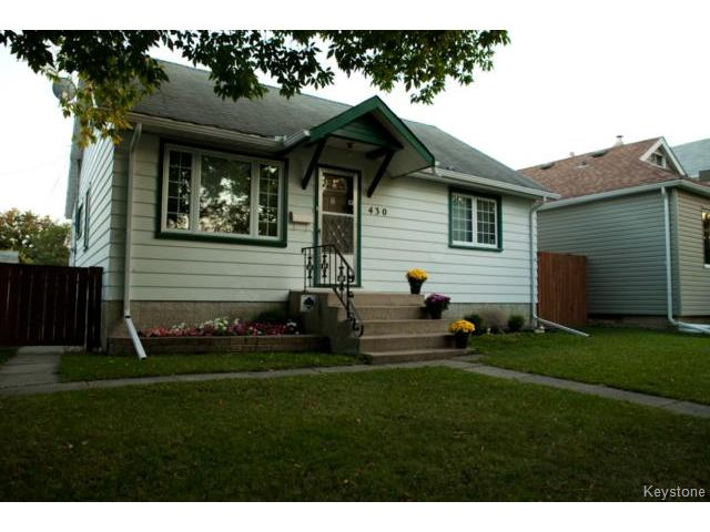 Main Photo: 430 Edgewood Street in WINNIPEG: St Boniface Residential for sale (South East Winnipeg)  : MLS® # 1318062
