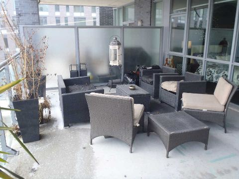 Photo 9: 510 King St Unit #323 in Toronto: Moss Park Condo for sale (Toronto C08)  : MLS(r) # C2806147