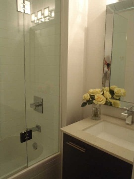 Photo 8: 510 King St Unit #323 in Toronto: Moss Park Condo for sale (Toronto C08)  : MLS(r) # C2806147