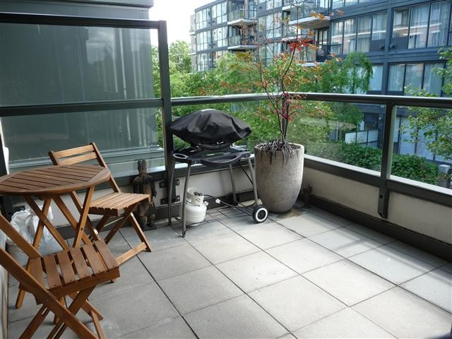 Photo 9: # 305 1450 W 6TH AV in Vancouver: Fairview VW Condo for sale (Vancouver West)  : MLS® # V1102176