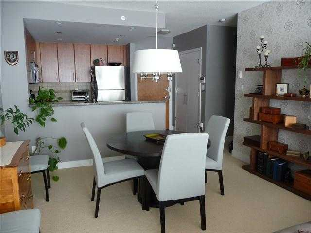 Photo 4: # 305 1450 W 6TH AV in Vancouver: Fairview VW Condo for sale (Vancouver West)  : MLS® # V1102176