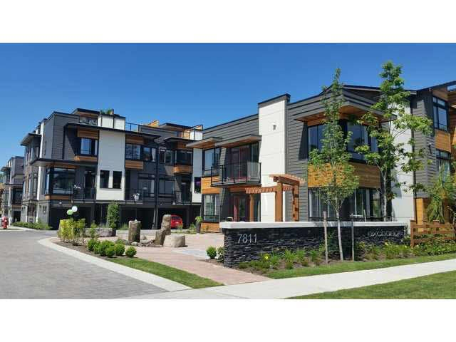 Main Photo: 33 7811 209 STREET in Langley: Willoughby Heights Townhouse for sale : MLS®# R2115326
