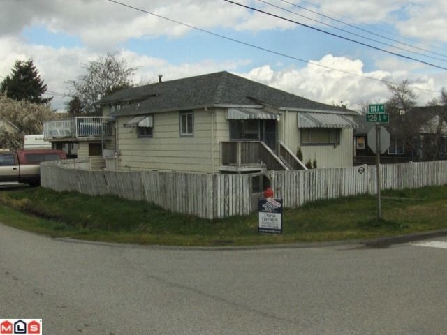 Photo 2: 12685 114A Avenue in Surrey: Bridgeview House for sale (North Surrey)  : MLS(r) # F1208275