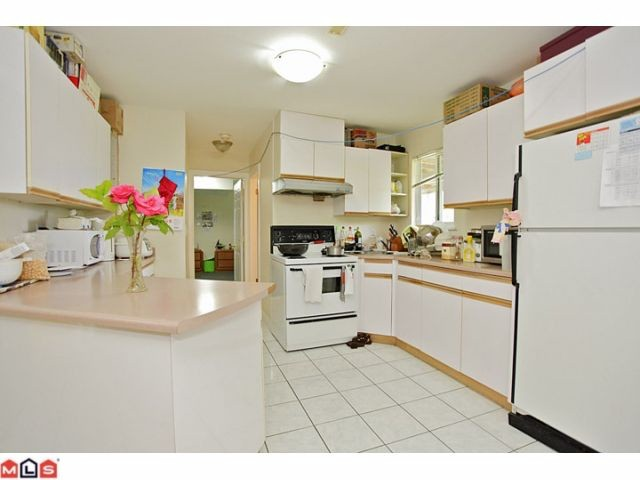 Photo 18: 16065 92ND Avenue in Surrey: Fleetwood Tynehead House for sale : MLS® # F1216498
