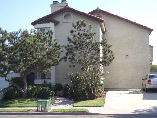 Main Photo: UNIVERSITY HEIGHTS Condo for sale : 2 bedrooms : 4525 Mississippi Street #4 in San Diego