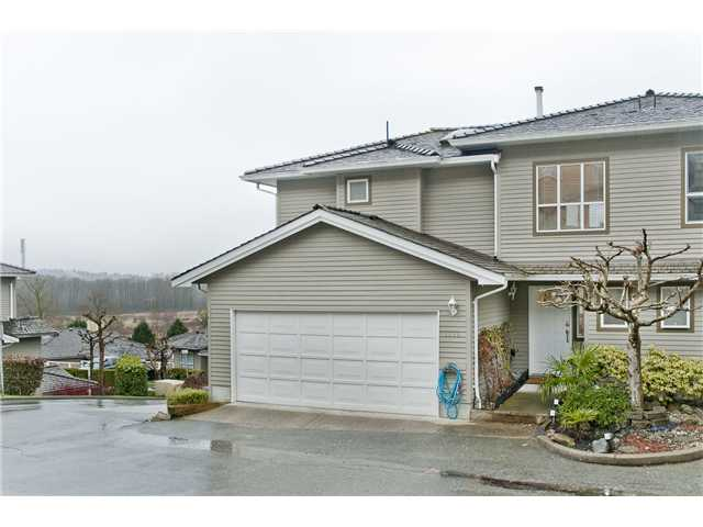 "Main Photo: 1115 CLERIHUE Road in Port Coquitlam: Citadel PQ Townhouse for sale in ""THE SUMMIT"" : MLS(r) # V993280"
