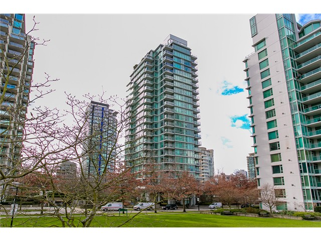 Main Photo: 901 1710 Bayshore Drive in Vancouver: Coal Harbour Condo  (Vancouver West)  : MLS®# V1048157