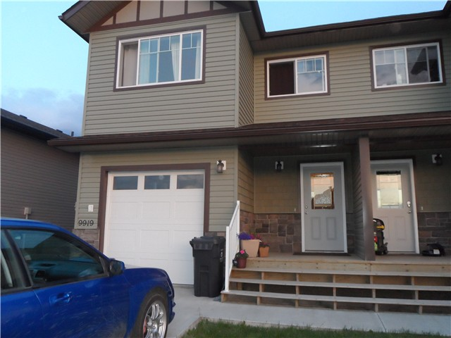 Main Photo: 9919 117TH Avenue in Fort St. John: Fort St. John - City NE House 1/2 Duplex for sale (Fort St. John (Zone 60))  : MLS(r) # N237722