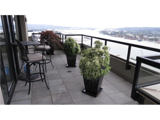 Photo 12: 1802 11 E ROYAL AVENUE in New Westminster: Fraserview NW Condo for sale : MLS(r) # V1138718