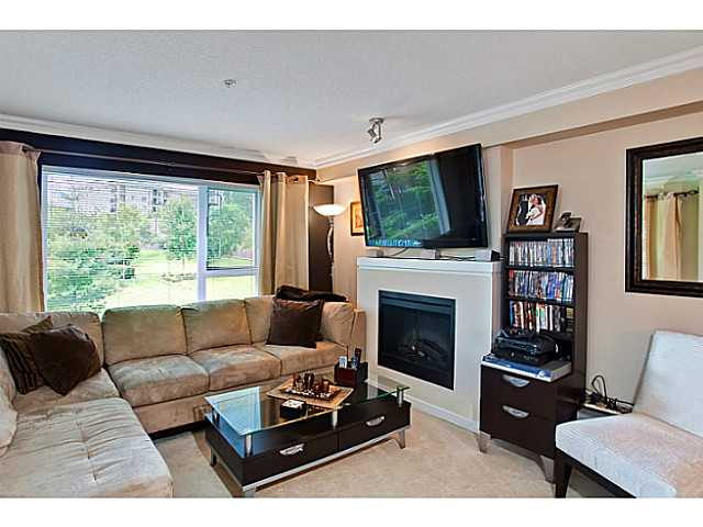 "Photo 6: 203 4783 DAWSON Street in Burnaby: Brentwood Park Condo for sale in ""COLLAGE"" (Burnaby North)  : MLS® # V979456"