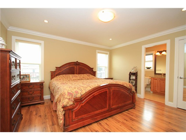 Photo 7: 648 BOYD ST in : Queensborough House for sale : MLS(r) # V934471