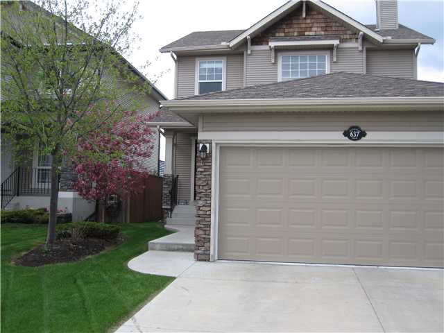 Photo 2: 637 COUGAR RIDGE DR SW in CALGARY: Cougar Ridge House for sale (Calgary)  : MLS® # C3604849