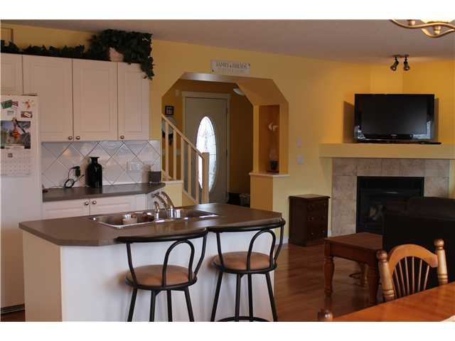 Photo 6: 637 COUGAR RIDGE DR SW in CALGARY: Cougar Ridge House for sale (Calgary)  : MLS® # C3604849
