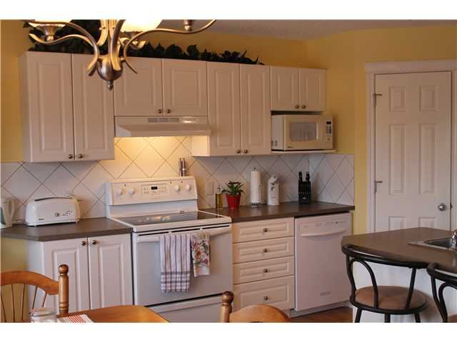 Photo 5: 637 COUGAR RIDGE DR SW in CALGARY: Cougar Ridge House for sale (Calgary)  : MLS® # C3604849