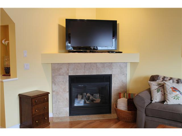 Photo 8: 637 COUGAR RIDGE DR SW in CALGARY: Cougar Ridge House for sale (Calgary)  : MLS® # C3604849