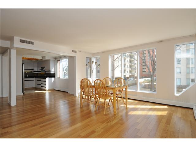 Photo 3: 10010 119 ST in EDMONTON: Zone 12 Condo for sale (Edmonton)  : MLS(r) # E3360812