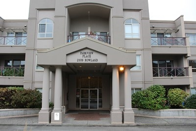Main Photo: 329 2109 ROWLAND STREET in Port Coquitlam: Central Pt Coquitlam Condo for sale : MLS® # R2013349