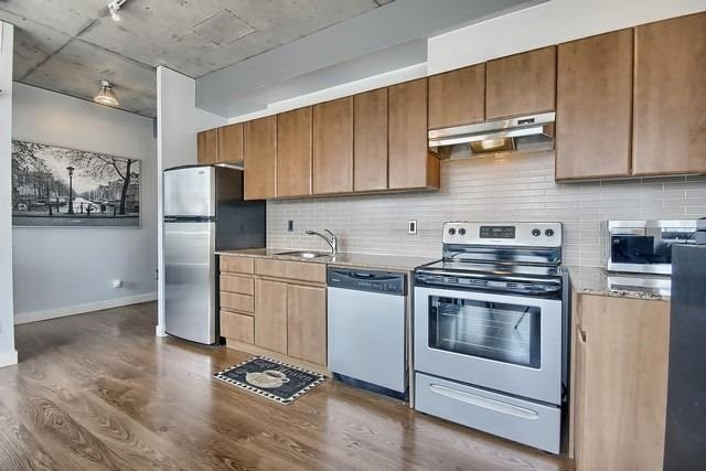 Photo 13: 38 Niagara St Unit #404 in Toronto: Waterfront Communities C1 Condo for sale (Toronto C01)  : MLS(r) # C3546275
