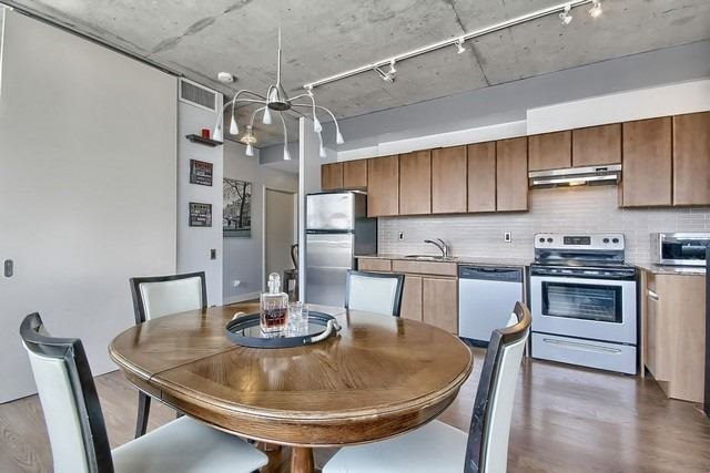 Photo 14: 38 Niagara St Unit #404 in Toronto: Waterfront Communities C1 Condo for sale (Toronto C01)  : MLS(r) # C3546275
