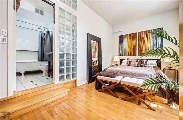 Photo 12: 394 Euclid Ave Unit #213 in Toronto: Palmerston-Little Italy Condo for sale (Toronto C01)  : MLS® # C3556339