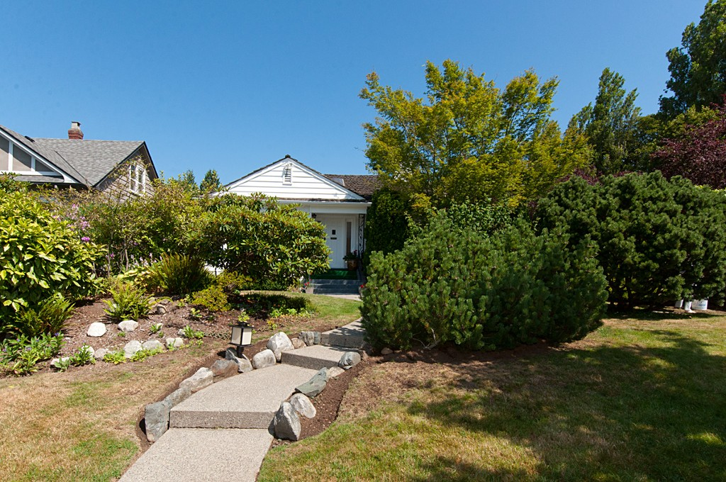 Main Photo: 1607 W 57TH AV in Vancouver: South Granville House for sale (Vancouver West)  : MLS® # V1020158