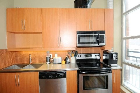 Photo 5: 2154 Dundas St W Unit #203 in Toronto: Roncesvalles Condo for sale (Toronto W01)  : MLS(r) # W2826596