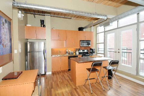 Photo 3: 2154 Dundas St W Unit #203 in Toronto: Roncesvalles Condo for sale (Toronto W01)  : MLS(r) # W2826596