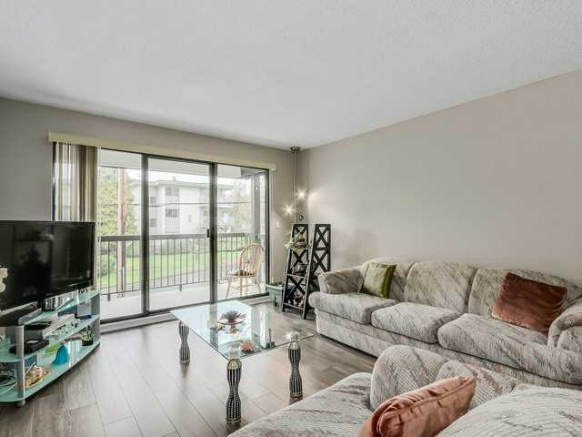 Photo 7: # 203 340 NINTH ST in New Westminster: Uptown NW Condo for sale : MLS(r) # V1113065