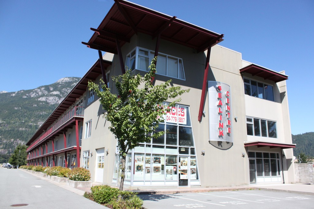 FEATURED LISTING: 212 39012 Discovery Way Squamish
