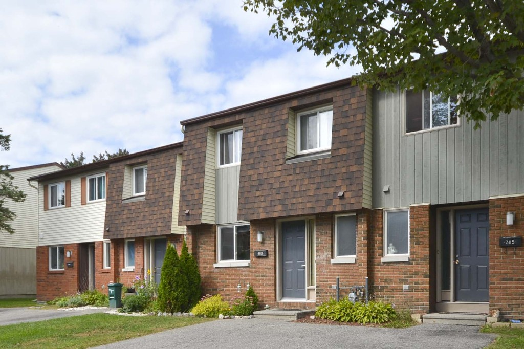 Main Photo: 3113 Olympic Way in Ottawa: Blossom Park House for sale (Blossom Park / Leitrim)  : MLS® # 986366