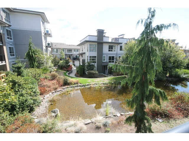 Main Photo: 207 6688 120 STREET in Surrey: West Newton Condo for sale : MLS® # R2073827