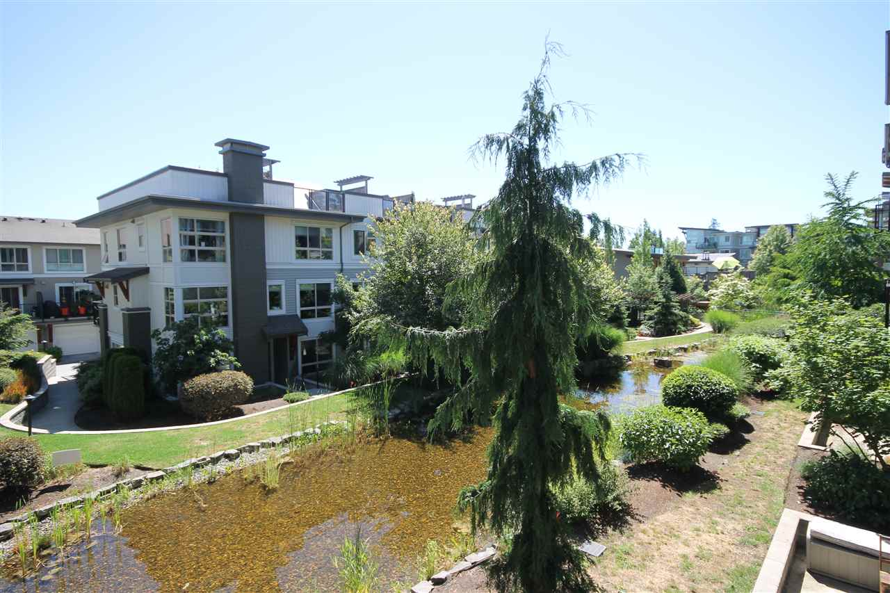 Photo 2: 207 6688 120 STREET in Surrey: West Newton Condo for sale : MLS(r) # R2073827