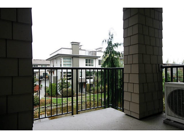 Photo 12: 207 6688 120 STREET in Surrey: West Newton Condo for sale : MLS(r) # R2073827