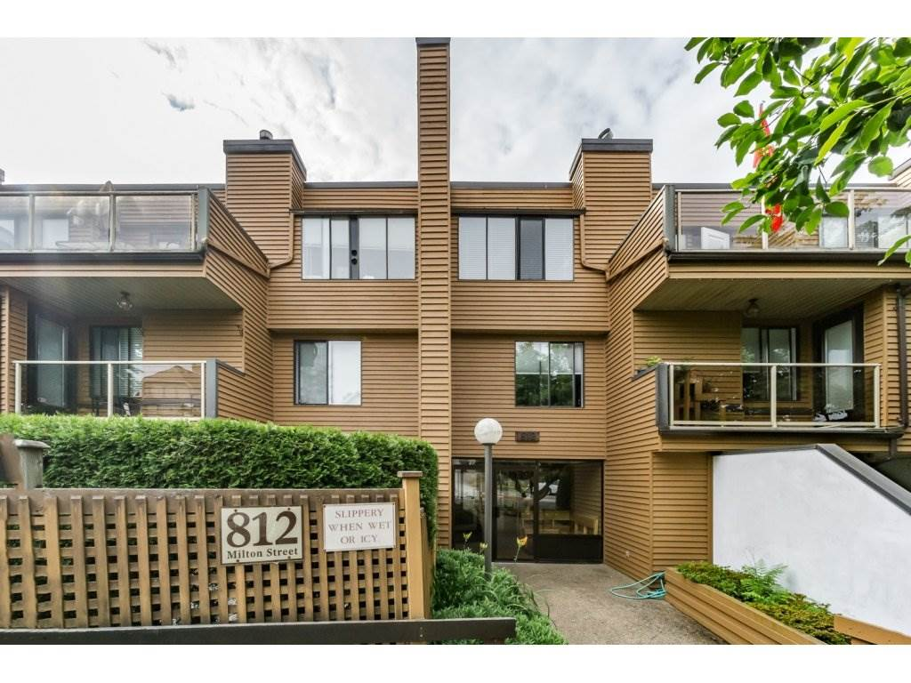 Main Photo: 205 812 Milton Street in New Westminster: Condo for sale : MLS(r) # r2082747
