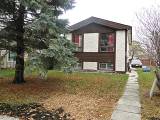Main Photo: 301 Le Maire Street in WINNIPEG: Fort Garry / Whyte Ridge / St Norbert Residential for sale (South Winnipeg)  : MLS® # 1221734