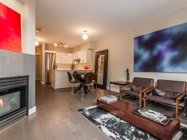 "Main Photo: 302 1888 YORK Avenue in Vancouver: Kitsilano Condo for sale in ""YORKVILLE NORTH"" (Vancouver West)  : MLS® # V981980"