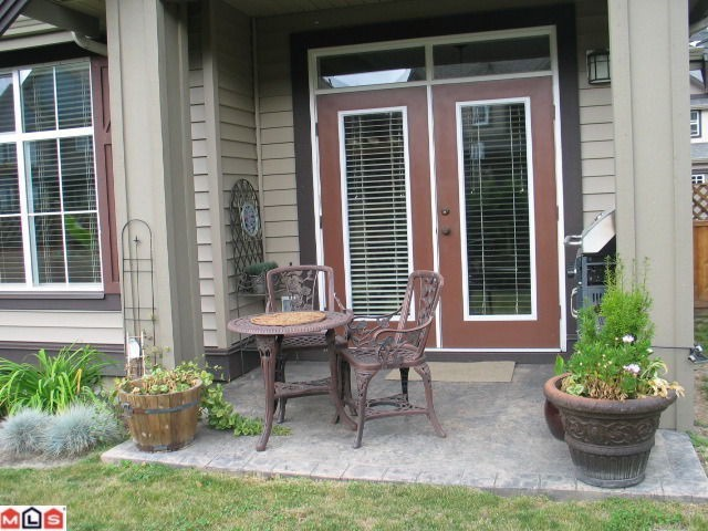 Photo 10: 13 6577 SOUTHDOWNE Place in Chilliwack: Sardis East Vedder Rd Townhouse for sale (Sardis)  : MLS® # H1300320