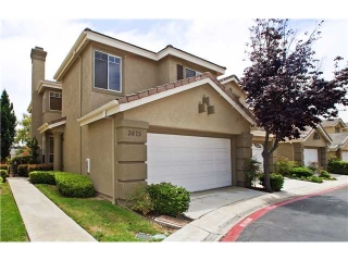 Main Photo: CARMEL VALLEY Condo for sale : 3 bedrooms : 3675 Ruette De Ville in San Diego