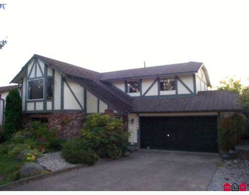 Main Photo: 8477 153A ST in Surrey: Fleetwood Tynehead House for sale : MLS® # F2617805