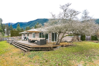 Main Photo: 4449 Canterbury Crescent in North Vancouver: Forest Hills NV House for sale