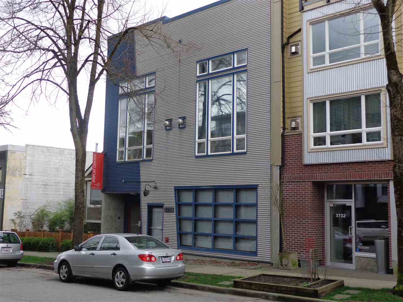 Main Photo: 1 3726 COMMERCIAL STREET in Vancouver: Victoria VE Condo for sale (Vancouver East)  : MLS(r) # R2037382