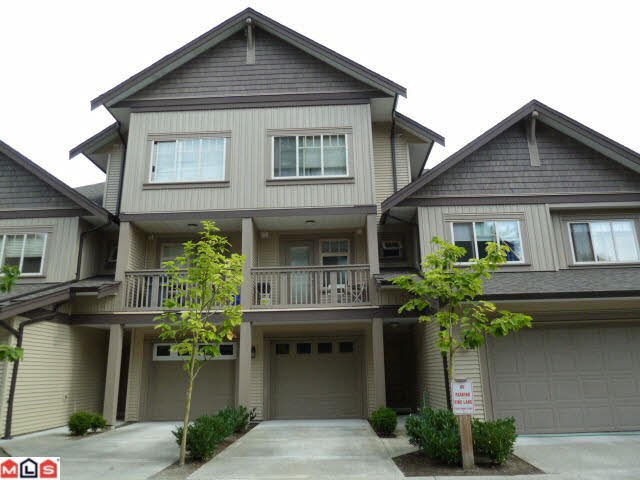 Main Photo: 22 6238 192 STREET in Surrey: Cloverdale BC Townhouse for sale (Cloverdale)  : MLS®# R2049428