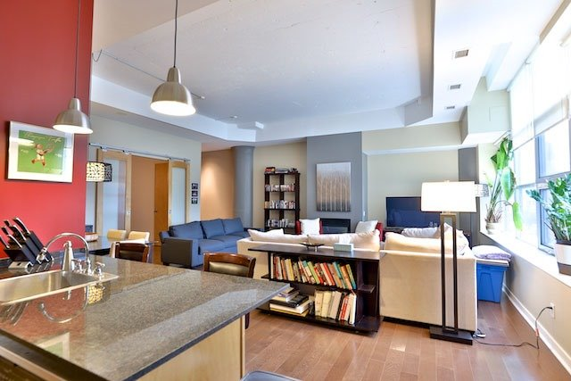 Photo 8: 155 Dalhousie St Unit #759 in Toronto: Church-Yonge Corridor Condo for sale (Toronto C08)  : MLS(r) # C3727891