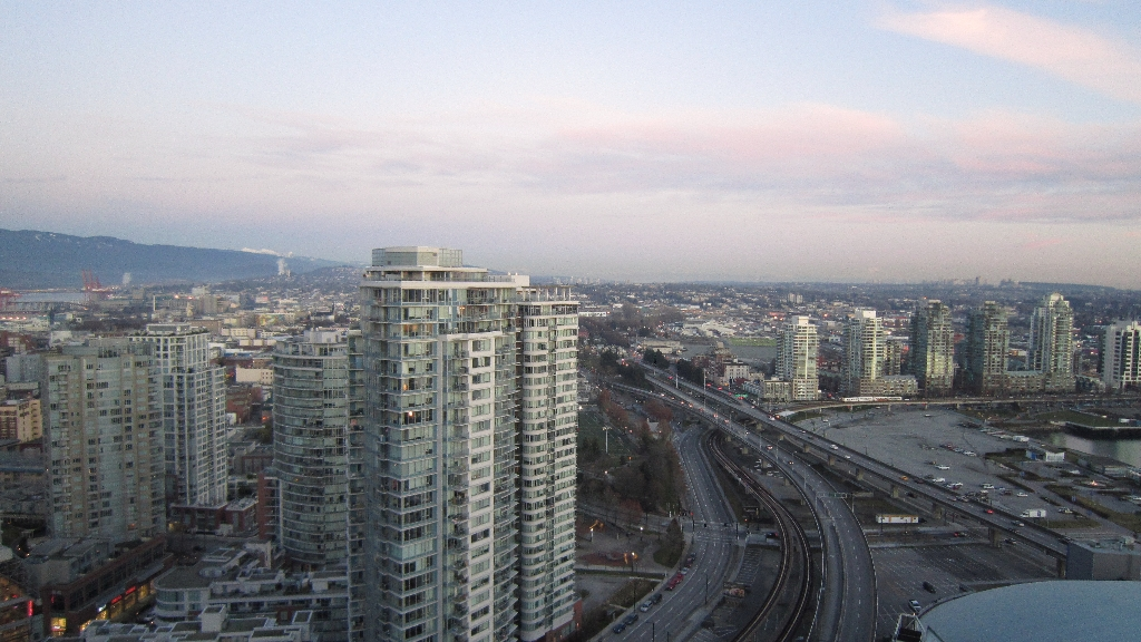"Photo 2: 3301 602 CITADEL PARADE in Vancouver: Downtown VW Condo for sale in ""SPECTRUM 4"" (Vancouver West)  : MLS® # V934168"