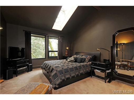 Photo 12: 4449 Sunnywood Place in VICTORIA: SE Broadmead Residential for sale (Saanich East)  : MLS® # 332321
